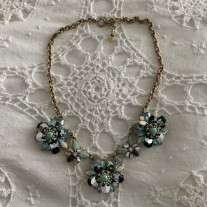 Loft Necklace with Flower Design and Gold Chain